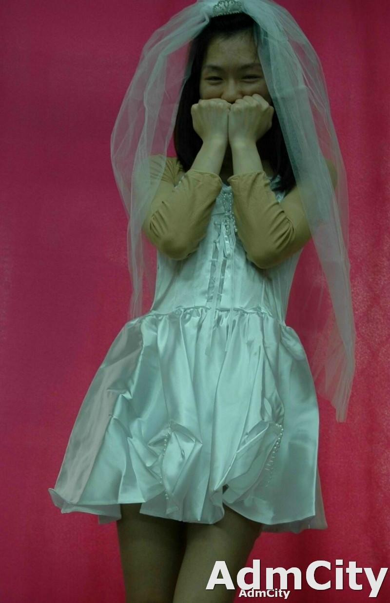 2 件式組. 新娘 裝扮. 頭紗  + 洋裝.